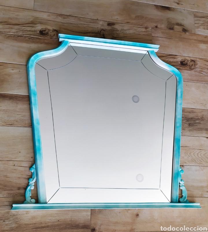 Antigüedades: Espejo Renovado de Antiguo Tocador. Años 70. De Blanco Antiguo y Turquesa. - Foto 21 - 264185908