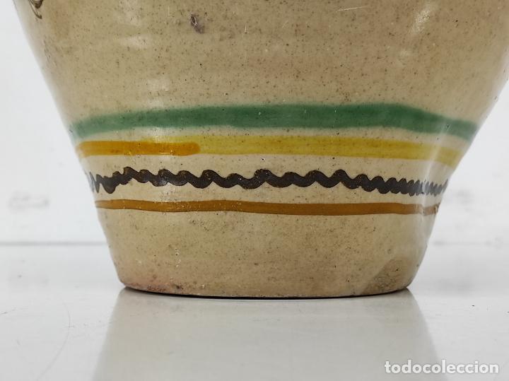 Antigüedades: Jarra de Cerámica Policromada - Puente del Arzobispo - Altura 45 cm - Data Año 1907 - Foto 11 - 264317880
