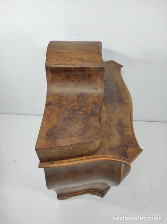 Antigüedades: Pequeña Cómoda Catalana - Tocador (Lligador) Original de Época - Madera de Raíz Nogal - S. XVIII - Foto 27 - 264345132
