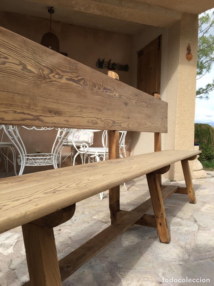Antigüedades: Soberbio lote de 4 bancos de iglesia CIRCA 1850 de madera de pino - Restaurados - Foto 5 - 264427359
