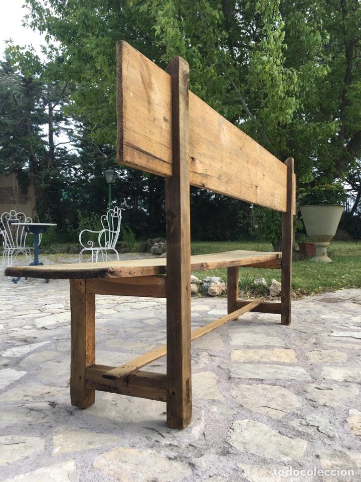 Antigüedades: Soberbio lote de 4 bancos de iglesia CIRCA 1850 de madera de pino - Restaurados - Foto 14 - 264427359
