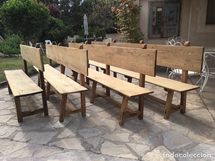 Antigüedades: Soberbio lote de 4 bancos de iglesia CIRCA 1850 de madera de pino - Restaurados - Foto 15 - 264427359