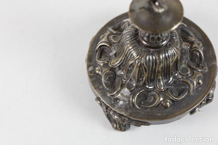 Antigüedades: ANTIGUO CANDELABRO DE PLATA - 27 CM DE ALTURA TOTAL. 343 GR. - Foto 6 - 264523039