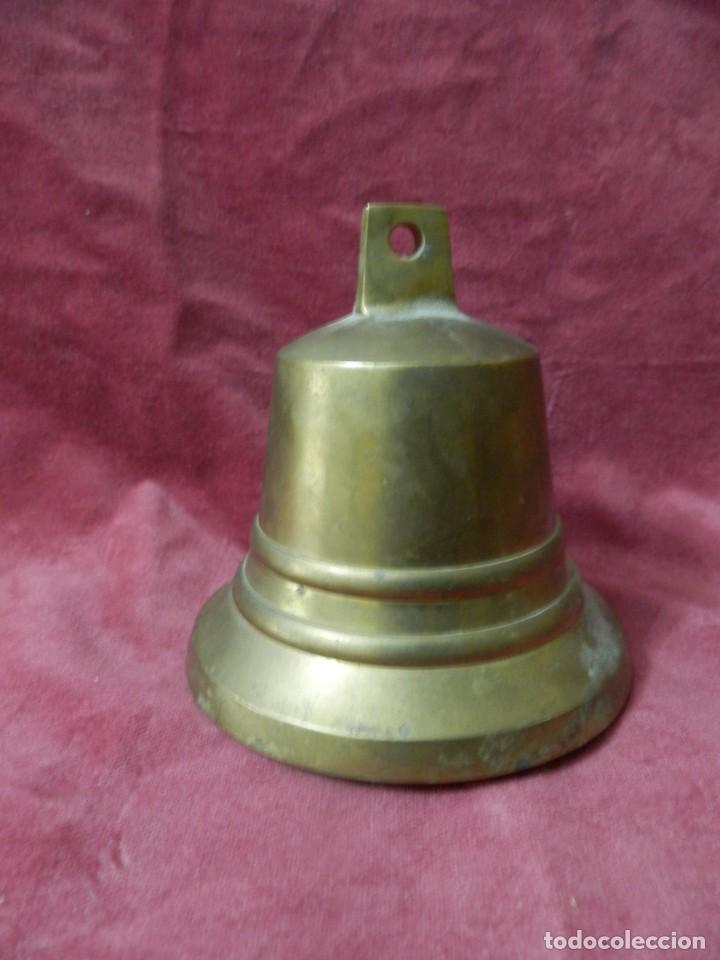 CAMPANA DORADA 10 X 10 CENTIMETROS. CAMPANA PARA COLGAR (Antigüedades - Hogar y Decoración - Campanas Antiguas)