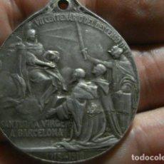 Oggetti Antichi: VIRGEN DEL REMEDIO - BARCELONA - MEDALLA SIGLO .XX - 3,40 CM - ALUMINIO AÑO 1910. Lote 264995404
