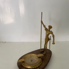 Antigüedades: CENICERO DON QUIJOTE BRONCE. Lote 265349109