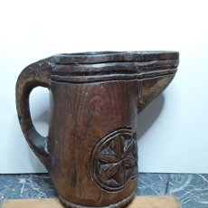 Antigüedades: JARRA VASCA DE MADERA. Lote 265437169