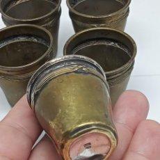 Antigüedades: PEQUEÑOS VASOS DE LICOR SELLADO METAL ARGENTE G.H. Lote 265446014