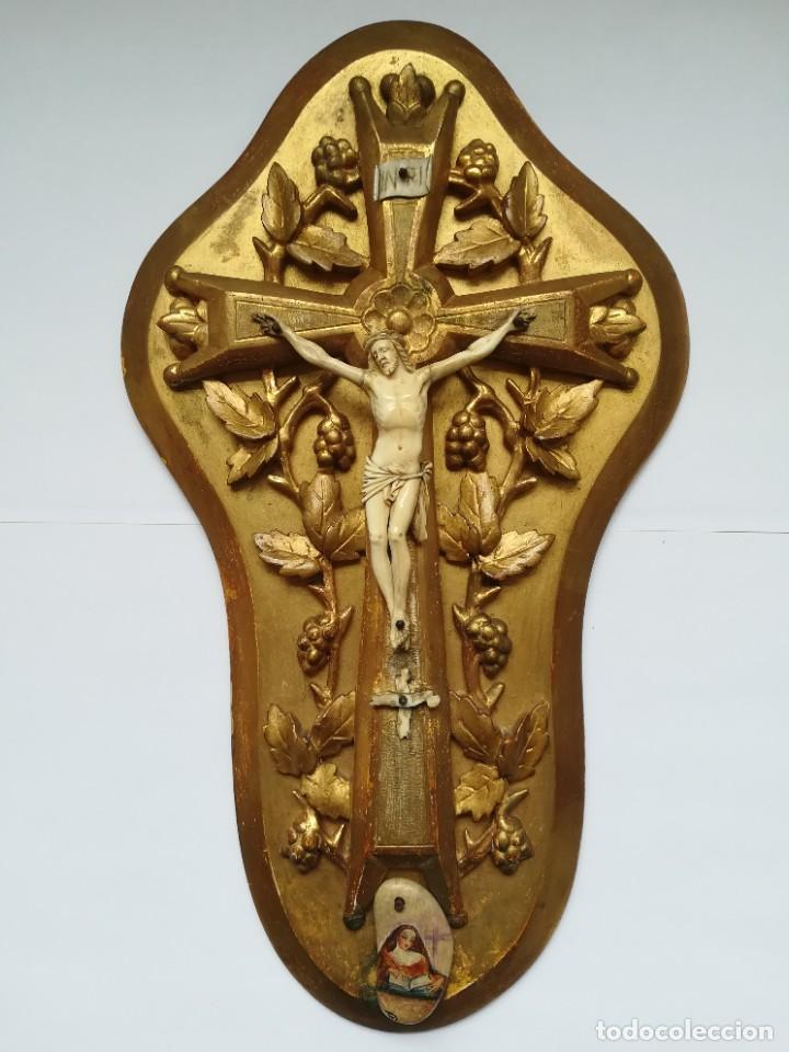 PRECIOSO CRUCIFIJO CRISTO MARFIL SIGLO XIX, CRUZ. (Antigüedades - Religiosas - Cruces Antiguas)