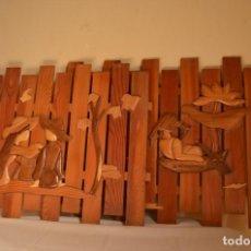 Antigüedades: CUADROS ARTESANOS DE MADERA. Lote 265536539