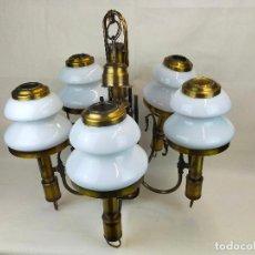 Antigüedades: IMPRESIONANTE LAMPARA DE TECHO CON TULIPAS EN PORCELANA, MUY DECORATIVA. Lote 265678889