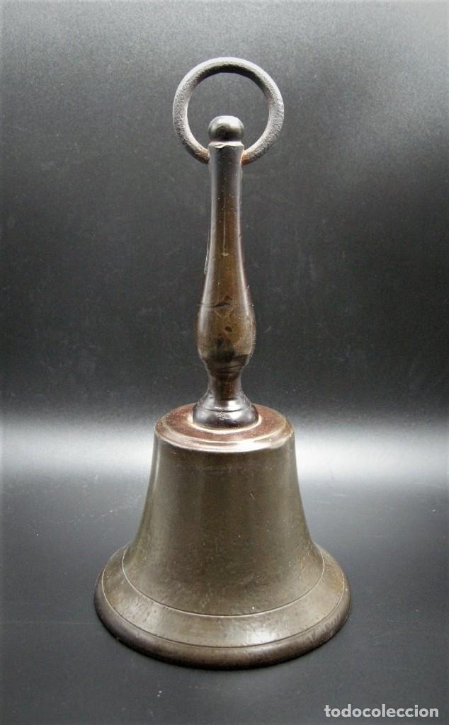 IMPORTANTE CAMPANA DE CONVENTO EN BRONCE Y HIERRO S.XVIII (Antigüedades - Hogar y Decoración - Campanas Antiguas)
