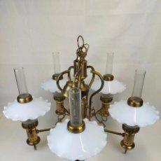 Antigüedades: ESPECTACULAR LAMPARA CON 5 BRAZOS CON TULIPAS DE PORCELANA Y CILINDROS DE CRISTAL. Lote 265751279