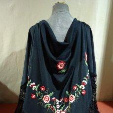 Antigüedades: PICO BORDADO CON FLORES. Lote 265887618
