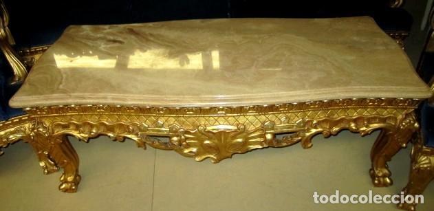 Antigüedades: Sofa sillones y mesa antiguos de madera tallada y dorada, tapizados en terciopelo azul - Foto 18 - 266076773