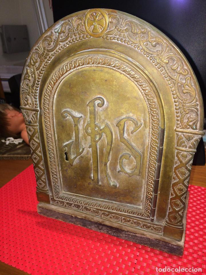 SAGRARIO Y OBJETOS LITÚRGICOS - ERMITA DESAPARECIDA - ZONA DE LORCA ( MURCIA ) - ANTIGUOS (Antigüedades - Religiosas - Ornamentos Antiguos)