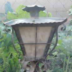 Antigüedades: ANTIGUA PAREJA DE FAROLES DE FORJA EXTERIOR DE GRANDES DIMENSIONES IGLESIA O CASA GRANDE, LAMPARAS. Lote 266180838