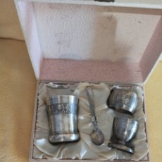 Antigüedades: SETE CUBERTERÍA PLATEADA COMUNIÓN. Lote 266352788
