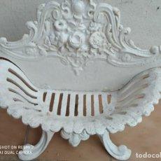 Antigüedades: ANTIGUO MACETERO HIERRO COLADO CLASICO TIPO MODERNISTA JARDINERA, TERRAZA, JARDIN CASA RURAL. Lote 265404804