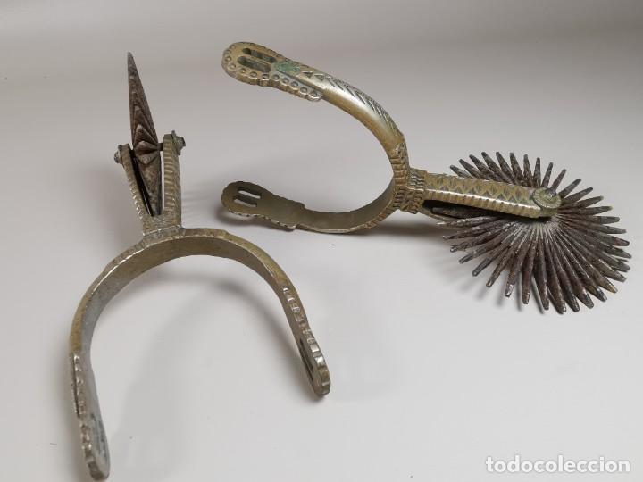 Antigüedades: ANTIGUAS ESPUELAS DE GALA EN BRONCE Y RULINA DE HIERRO FORJADO..P.P.S.XX- SUDAMERICA - Foto 3 - 266506918