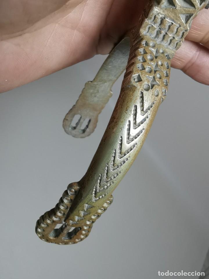 Antigüedades: ANTIGUAS ESPUELAS DE GALA EN BRONCE Y RULINA DE HIERRO FORJADO..P.P.S.XX- SUDAMERICA - Foto 39 - 266506918