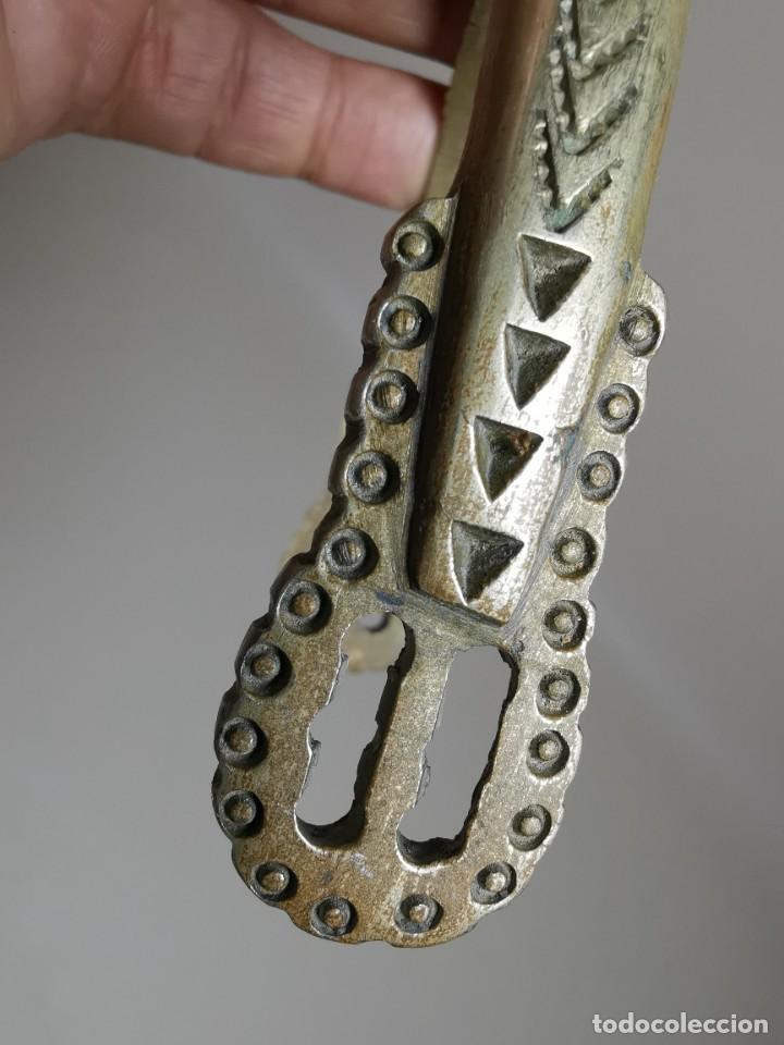 Antigüedades: ANTIGUAS ESPUELAS DE GALA EN BRONCE Y RULINA DE HIERRO FORJADO..P.P.S.XX- SUDAMERICA - Foto 42 - 266506918