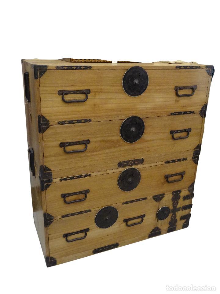 TANSU ANTIGUO JAPONÉS EN MADERA DE KIRI (Antigüedades - Muebles Antiguos - Bargueños Antiguos)
