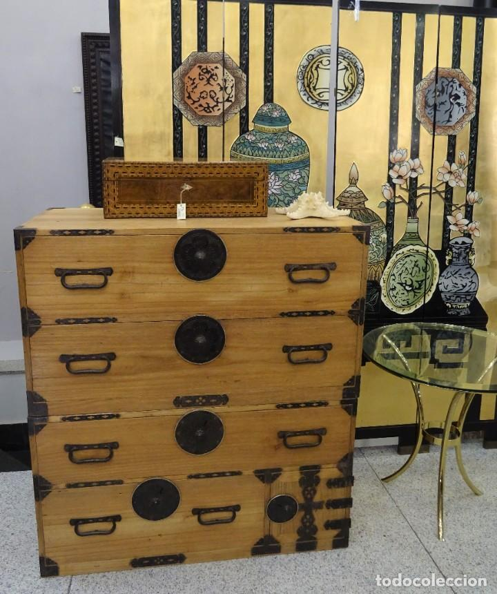 Antigüedades: Tansu antiguo japonés en madera de kiri - Foto 2 - 266580403