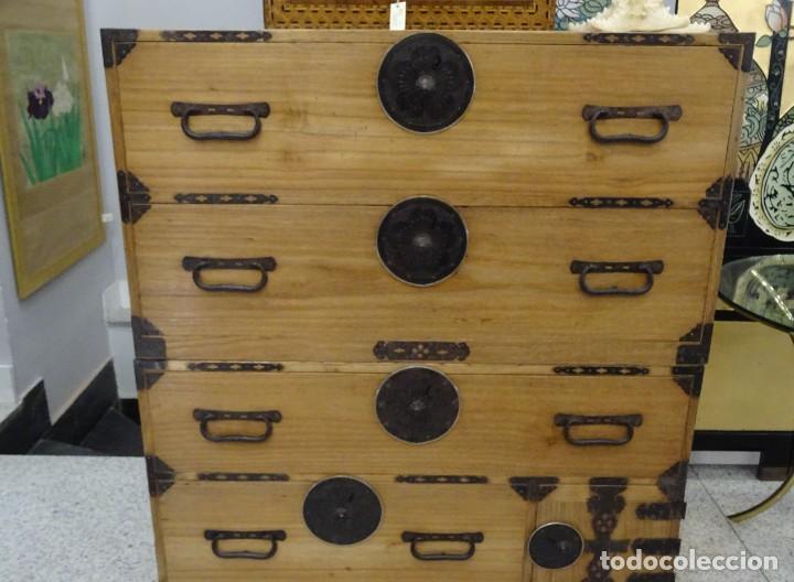 Antigüedades: Tansu antiguo japonés en madera de kiri - Foto 4 - 266580403