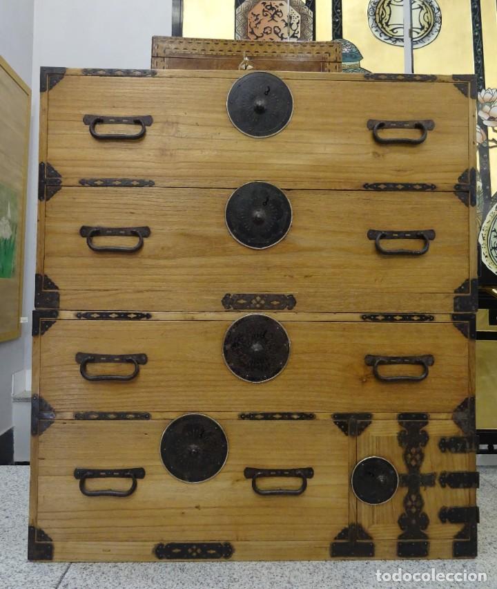 Antigüedades: Tansu antiguo japonés en madera de kiri - Foto 5 - 266580403