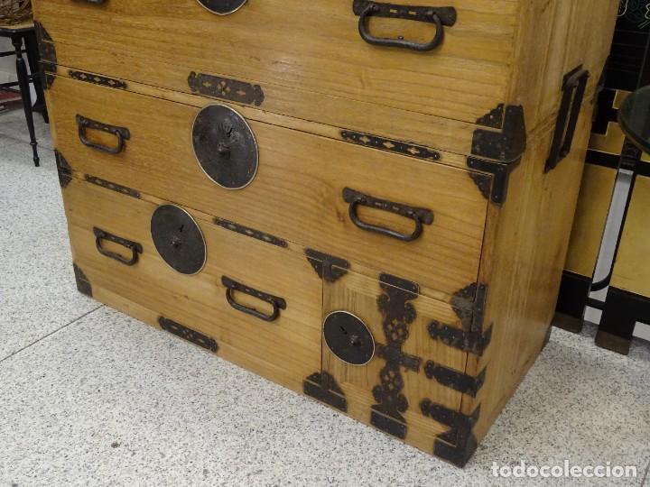 Antigüedades: Tansu antiguo japonés en madera de kiri - Foto 9 - 266580403