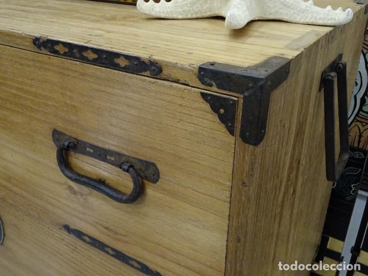 Antigüedades: Tansu antiguo japonés en madera de kiri - Foto 10 - 266580403
