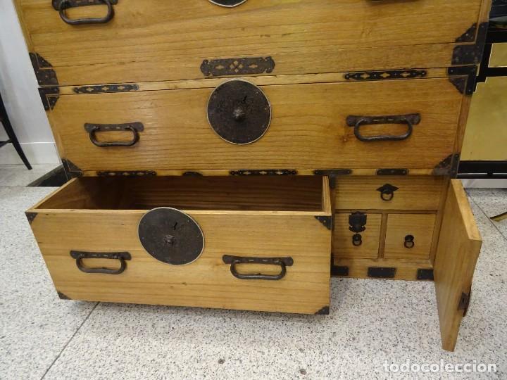 Antigüedades: Tansu antiguo japonés en madera de kiri - Foto 12 - 266580403