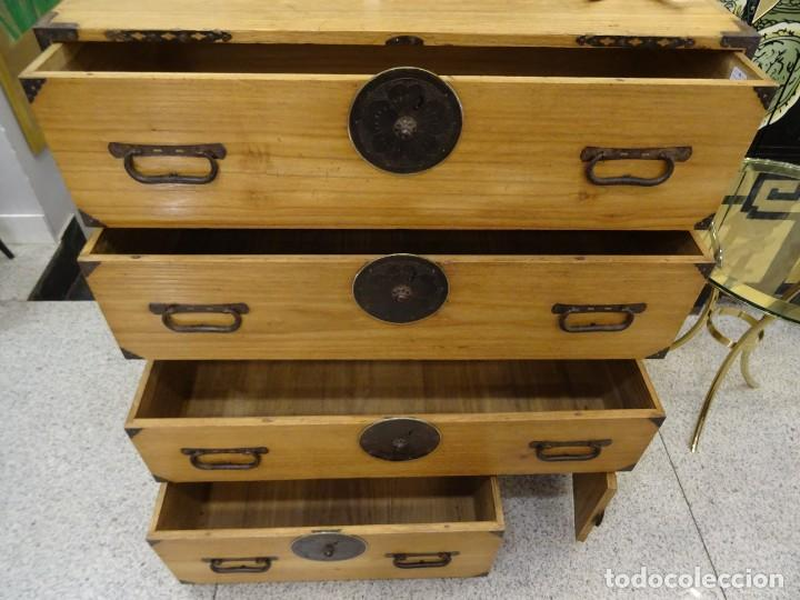 Antigüedades: Tansu antiguo japonés en madera de kiri - Foto 14 - 266580403