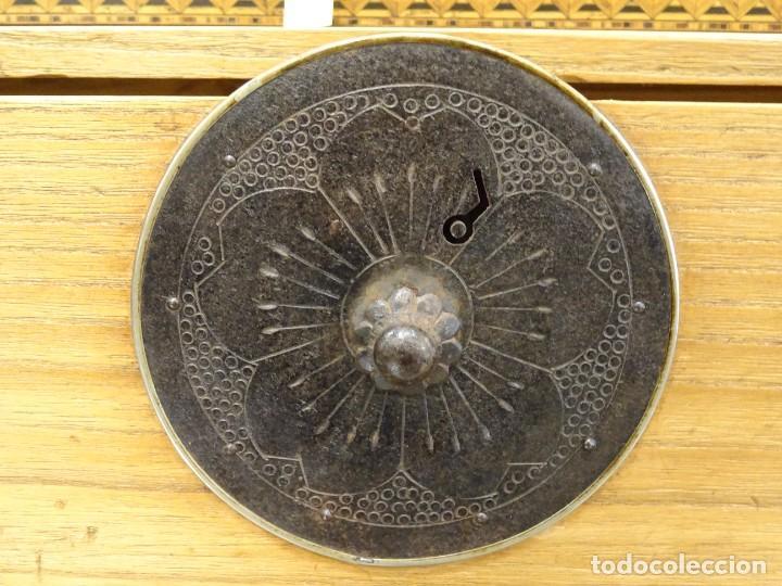 Antigüedades: Tansu antiguo japonés en madera de kiri - Foto 16 - 266580403