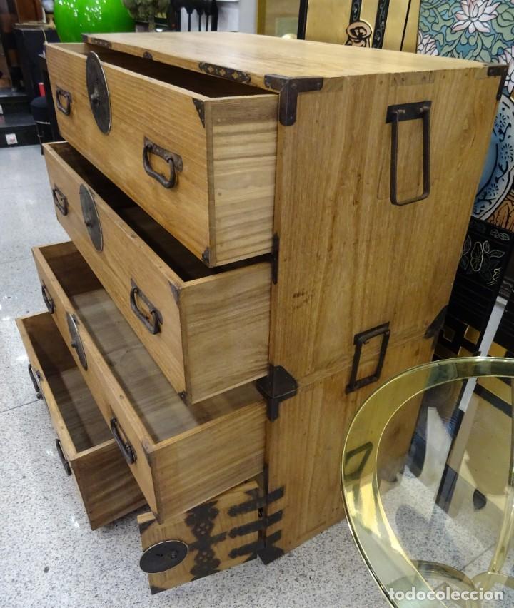 Antigüedades: Tansu antiguo japonés en madera de kiri - Foto 20 - 266580403