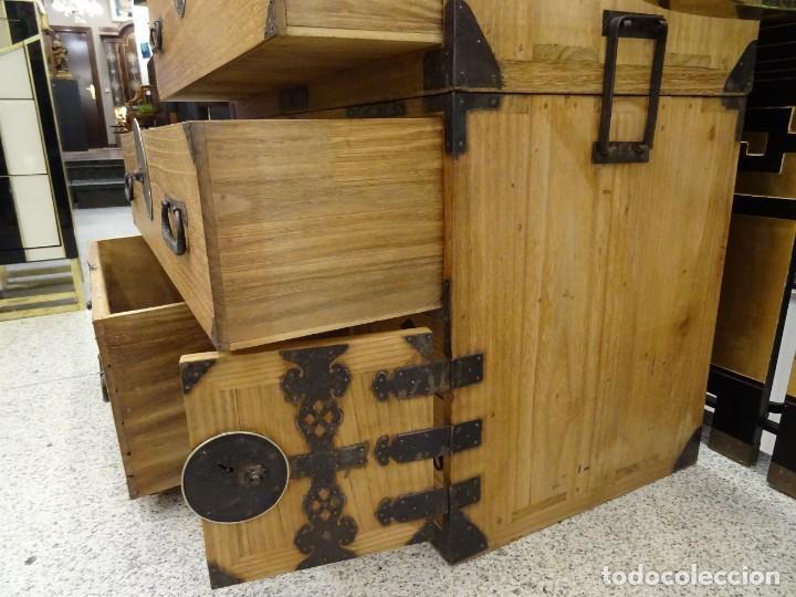 Antigüedades: Tansu antiguo japonés en madera de kiri - Foto 21 - 266580403