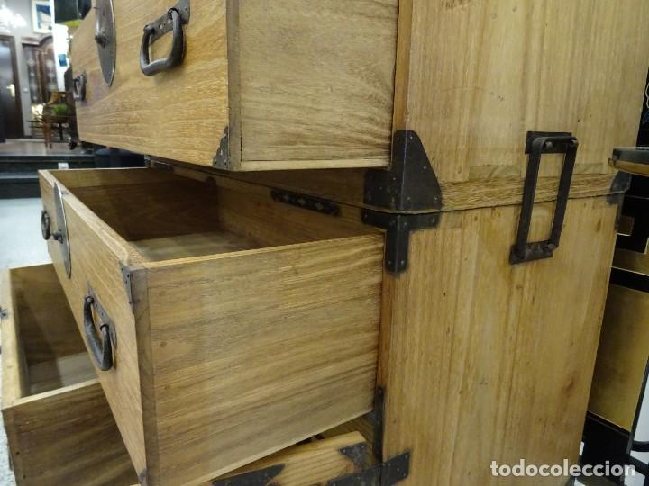 Antigüedades: Tansu antiguo japonés en madera de kiri - Foto 22 - 266580403