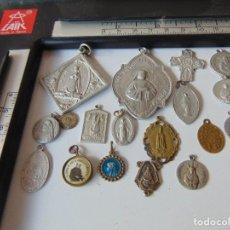 Antigüedades: LOTE DE MEDALLAS RELIGIOSAS , DIFERENTES MATERIALES Y MEDIDAS. Lote 266867409