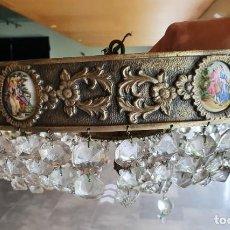 Antigüedades: LAMPARA PLAFON DE BRONCE CON MEDALLONES Y LÁGRIMAS DE CRISTAL. Lote 266934594
