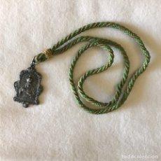 Antigüedades: SEMANA SANTA SEVILLA. ANTIGUA MEDALLA HERMANDAD DE LA MACARENA. Lote 267055429