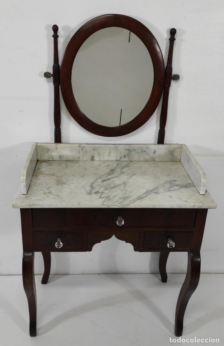 Antigüedades: Antiguo Tocador Isabelino - Madera de Caoba - Mármol de Carrara - Espejo Ovalado - S. XIX - Foto 2 - 267165619