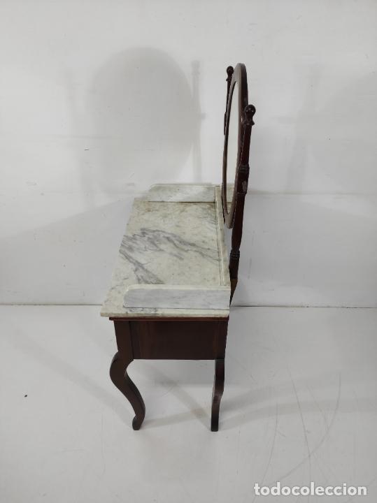 Antigüedades: Antiguo Tocador Isabelino - Madera de Caoba - Mármol de Carrara - Espejo Ovalado - S. XIX - Foto 12 - 267165619