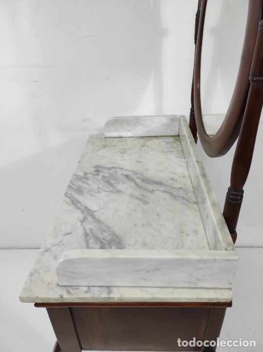 Antigüedades: Antiguo Tocador Isabelino - Madera de Caoba - Mármol de Carrara - Espejo Ovalado - S. XIX - Foto 14 - 267165619