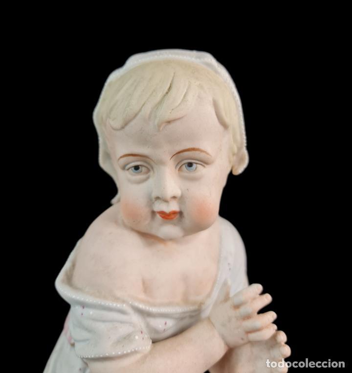 Antigüedades: Gran pareja de figuras, porcelana biscuit. Niños. Thuringia ca 1900. Large pair of bisque figurines - Foto 6 - 267177909