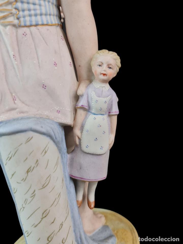 Antigüedades: Gran pareja de figuras, porcelana biscuit. Niños. Thuringia ca 1900. Large pair of bisque figurines - Foto 7 - 267177909