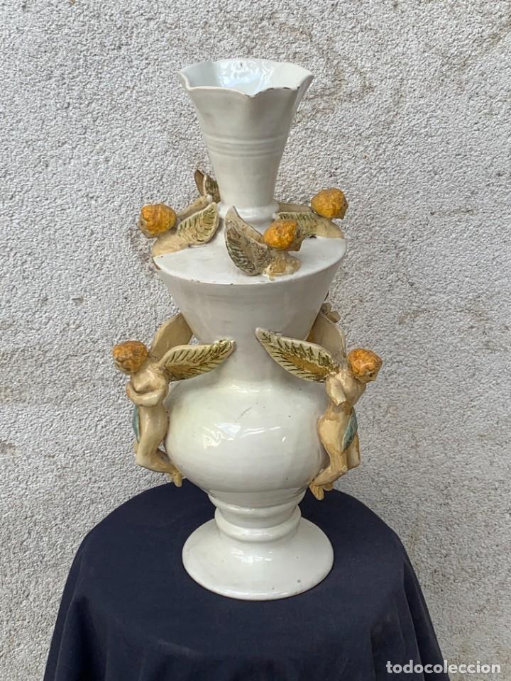 Antigüedades: JARRON DECORATIVO ANDALUCIA CERAMICA VIDRIADA VARIOS ANGELES BODA SIMILAR AJUAR ANDUJAR JAEN 44X21C - Foto 2 - 267236629