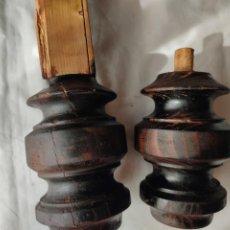 Antigüedades: ANTIGUAS PATAS DE COMODA. Lote 267271489