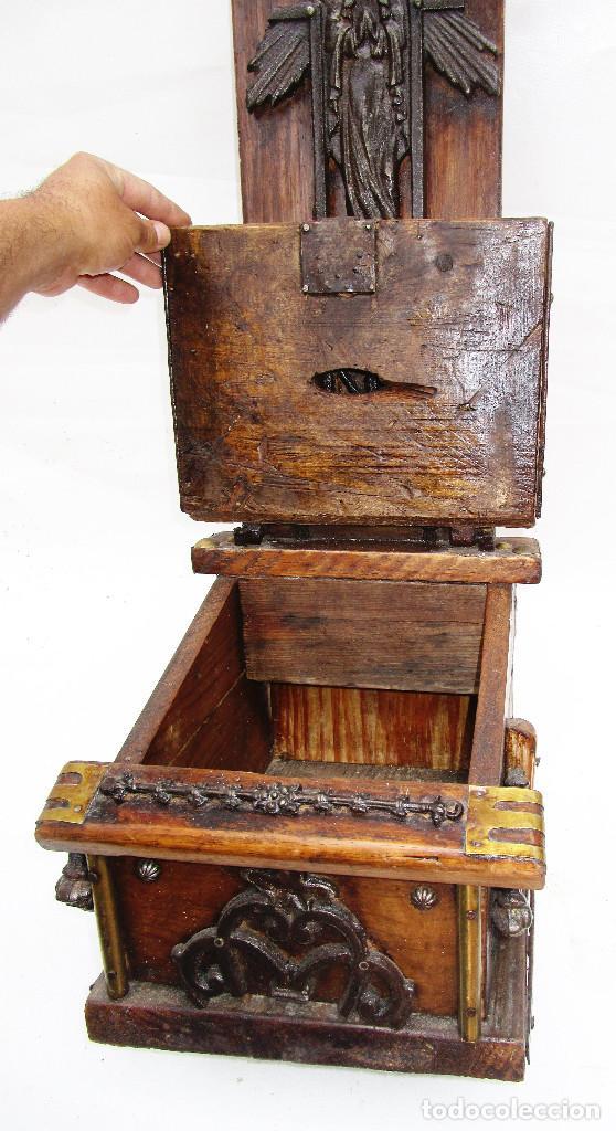 Antigüedades: FANTASTICO ANTIGUO LIMOSNERO DE IGLESIA NOBLE MADERA HERRAJES CIRCA 1870 - Foto 4 - 267281954