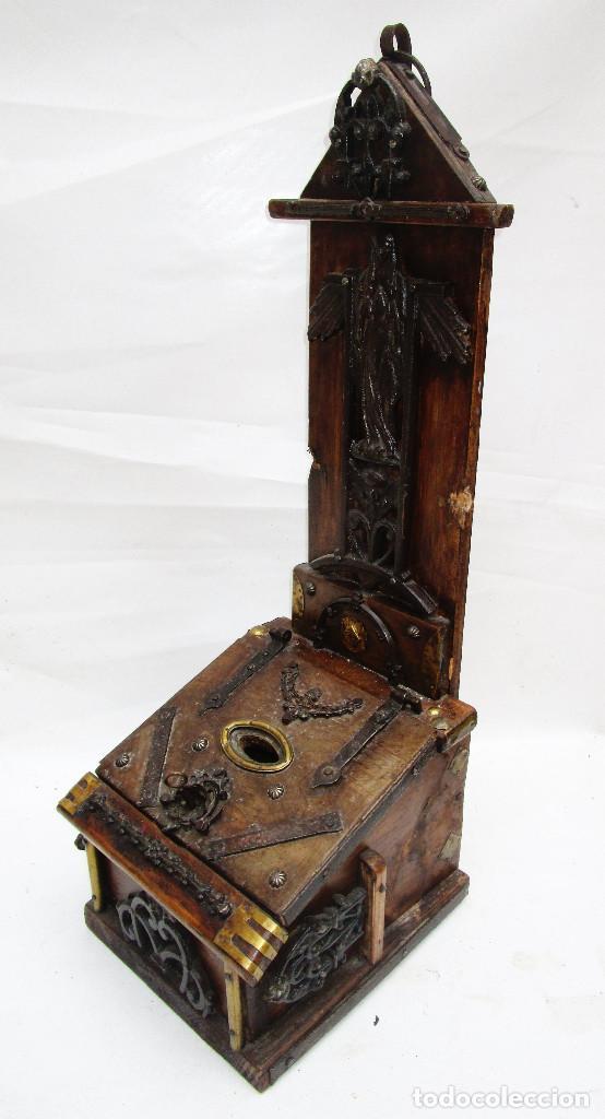 Antigüedades: FANTASTICO ANTIGUO LIMOSNERO DE IGLESIA NOBLE MADERA HERRAJES CIRCA 1870 - Foto 7 - 267281954